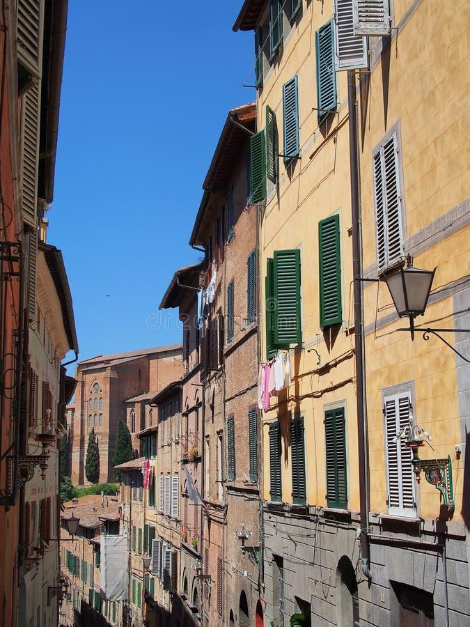 Αρχικά κτήρια, παλαιά Σιένα, Ιταλία στοκ εικόνες με δικαίωμα ελεύθερης χρήσης