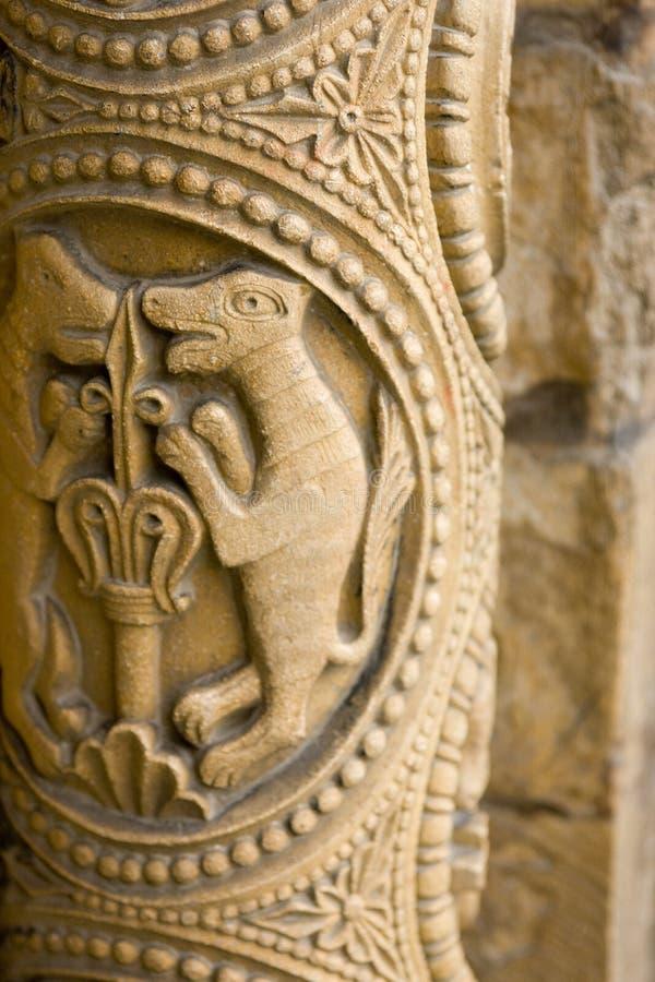 Αρχικές γλυπτικές πετρών γύρω από τη δυτική μπροστινή πόρτα, Λίνκολν Cath στοκ φωτογραφίες με δικαίωμα ελεύθερης χρήσης