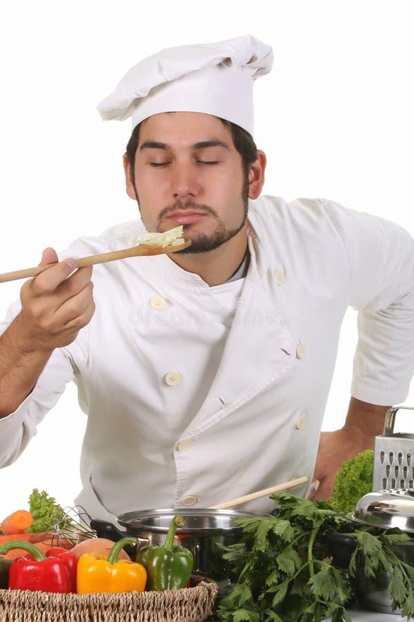 αρχιμάγειρας που μυρίζει νέος στοκ φωτογραφία με δικαίωμα ελεύθερης χρήσης