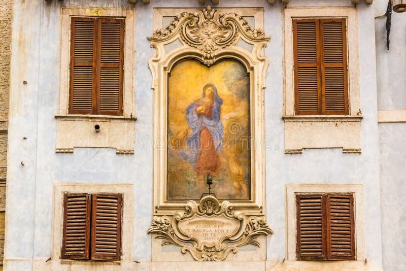 Download Αρχιτεκτονικές λεπτομέρειες στη Ρώμη Στοκ Εικόνα - εικόνα από ιστορικός, θρησκεία: 62715747