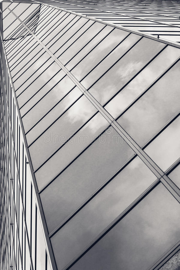Αρχιτεκτονική γυαλιού Μέρος του δομικού σύγχρονου γυαλιού skyscr στοκ εικόνα