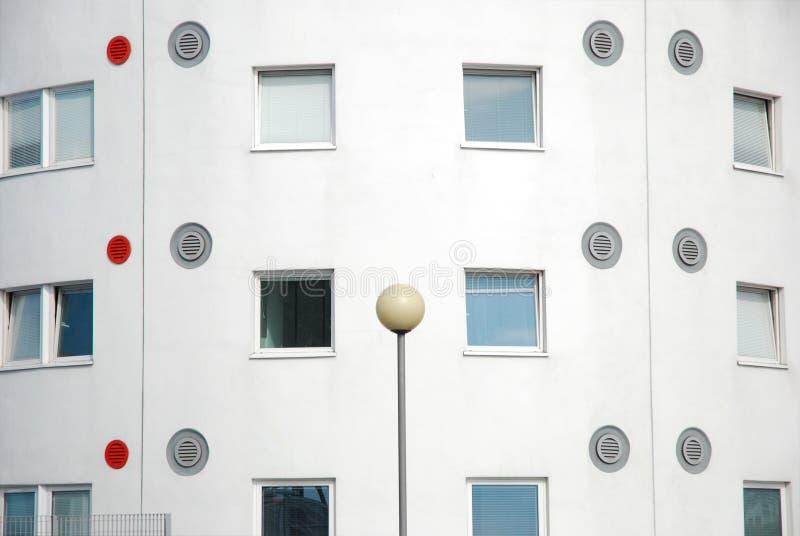 Αρχιτεκτονική λεπτομέρεια στο πανεπιστήμιο των αιθουσών κατοικιών του ανατολικού Λονδίνου. στοκ εικόνα με δικαίωμα ελεύθερης χρήσης