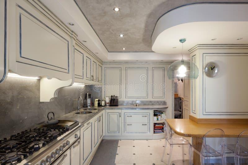 Αρχιτεκτονική  εσωτερική κουζίνα στοκ εικόνα
