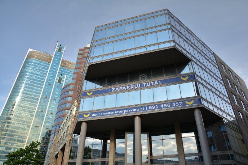 Αρχιτεκτονική οικοδόμησης κοντά επάνω στη Βαρσοβία στοκ εικόνες