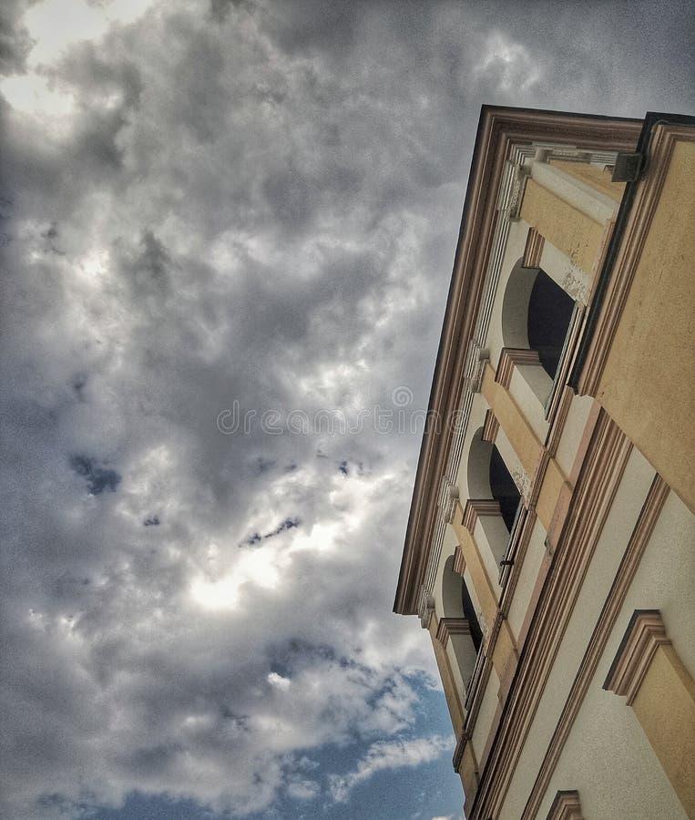 Αρχιτεκτονική παλιού σχολείου στοκ εικόνες με δικαίωμα ελεύθερης χρήσης