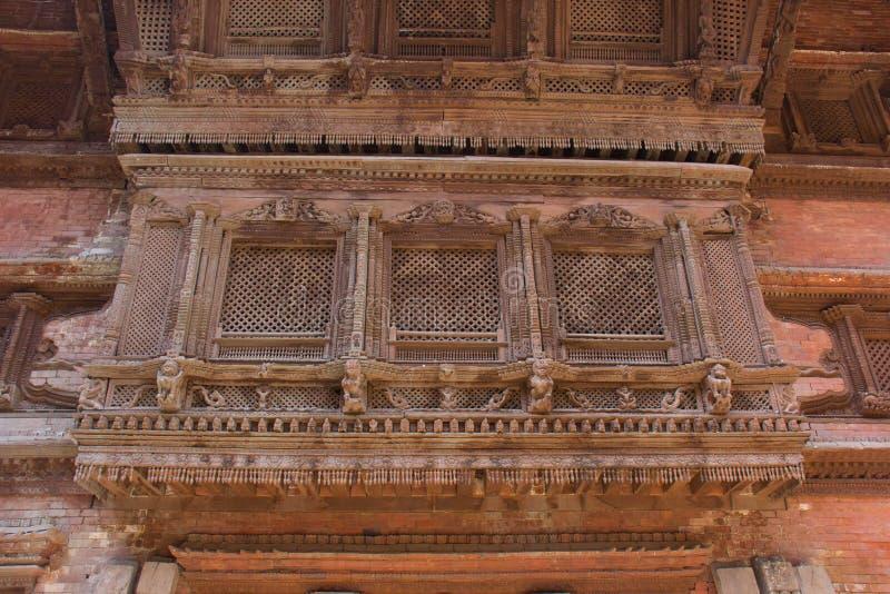 Αρχιτεκτονική σε ένα από τα βασιλικά παλάτια στο Κατμαντού στοκ εικόνες