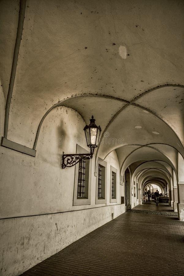 Αρχιτεκτονική στην Πράγα, παλαιοί υπόγειοι στοκ φωτογραφία με δικαίωμα ελεύθερης χρήσης