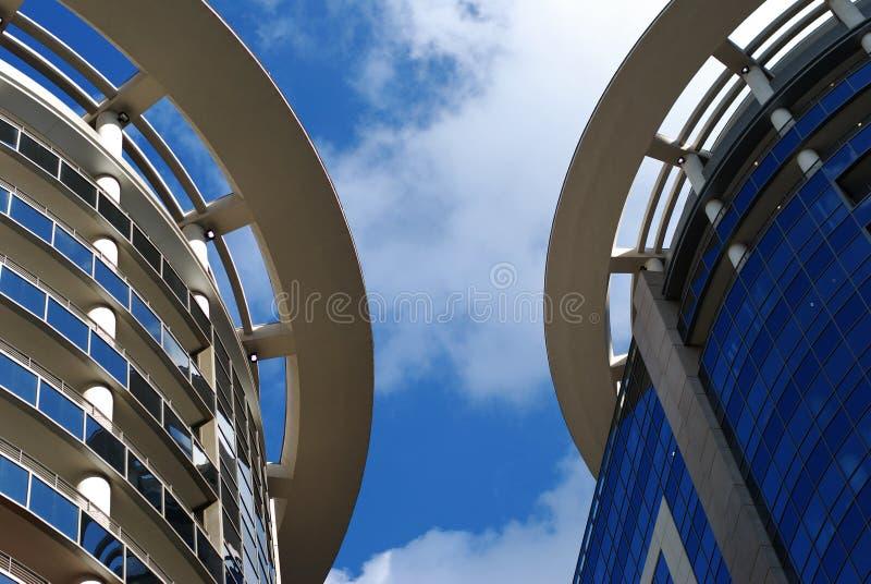 αρχιτεκτονική σύγχρονο &Omic στοκ φωτογραφία με δικαίωμα ελεύθερης χρήσης
