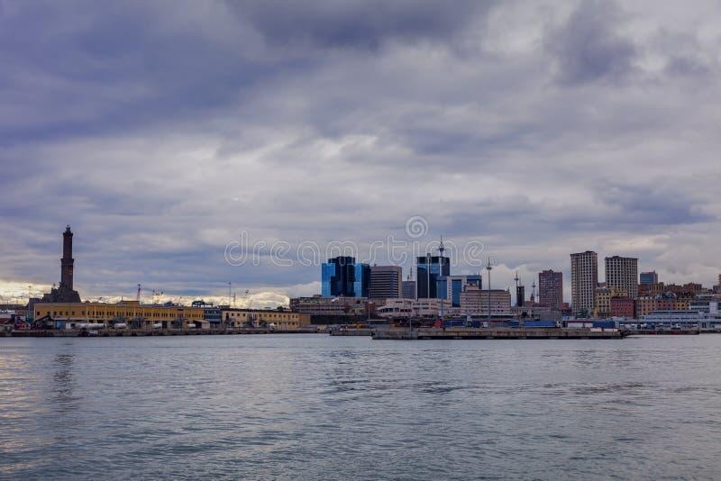 Αρχιτεκτονική της Γένοβας - λιμενική περιοχή στοκ εικόνα με δικαίωμα ελεύθερης χρήσης
