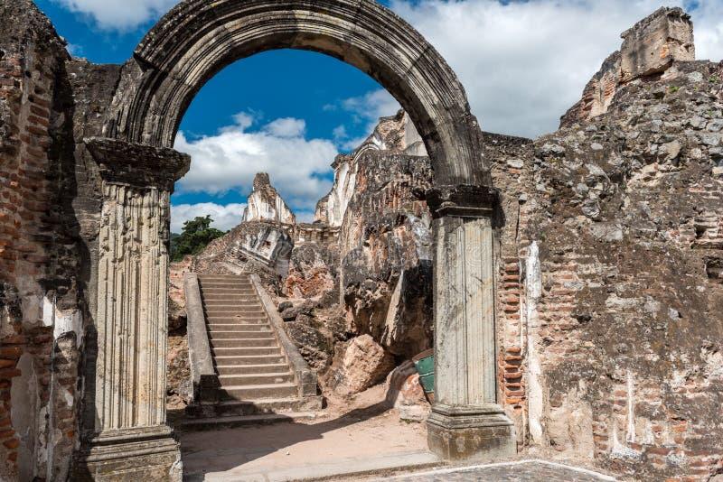 Αρχιτεκτονικός σύνθετος Λα Recoleccion στη Αντίγκουα, Guetemala Είναι μια προηγούμενη εκκλησία και το μοναστήρι της διαταγής ανακ στοκ εικόνα με δικαίωμα ελεύθερης χρήσης
