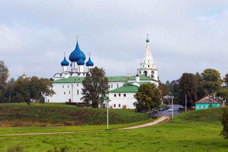 Αρχιτεκτονικός σύνθετος του Suzdalian Κρεμλίνο Ρωσία στοκ φωτογραφία