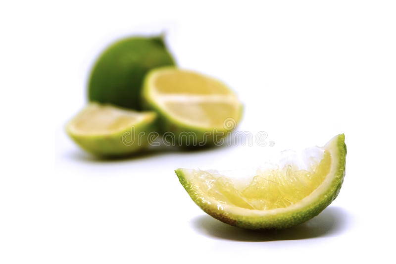 ασβέστης φρούτα με τις φέτες στοκ φωτογραφίες