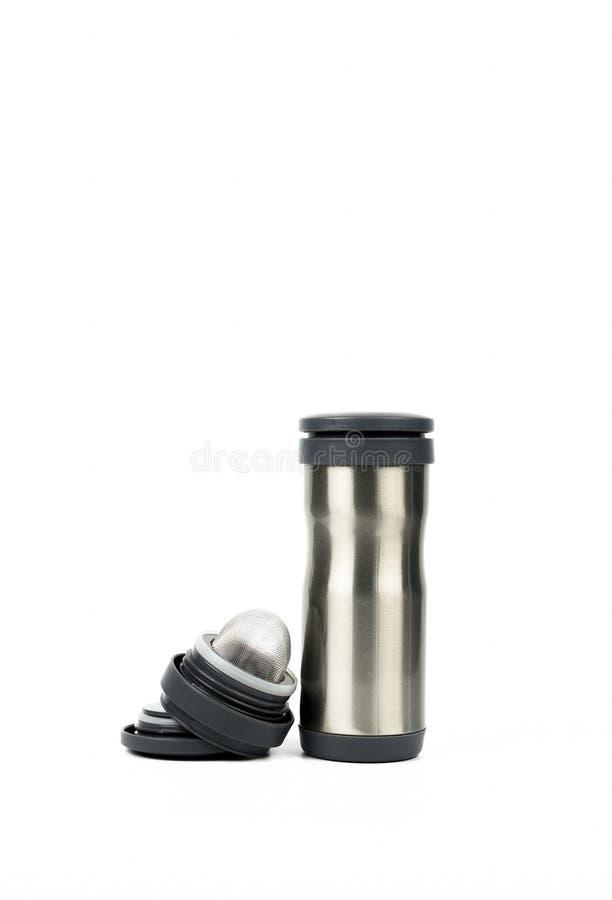 Ασημένιο μπουκάλι thermos με την ανοιγμένη ΚΑΠ που απομονώνεται στο άσπρο υπόβαθρο στοκ εικόνες