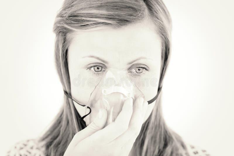 ασθενής μάσκα που φορά τι&sig στοκ φωτογραφίες