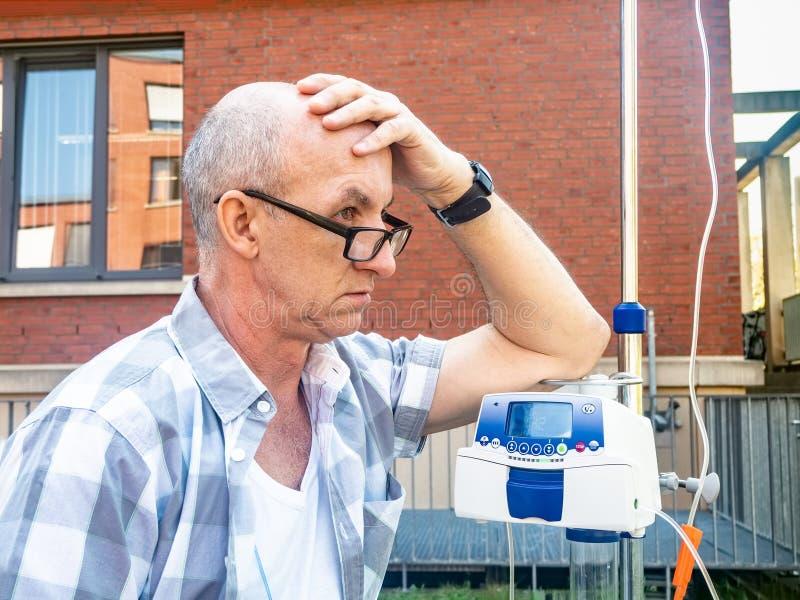 Ασθενής που υποβάλλεται στη θλίψη θεραπείας chemo μόνο στοκ φωτογραφίες με δικαίωμα ελεύθερης χρήσης