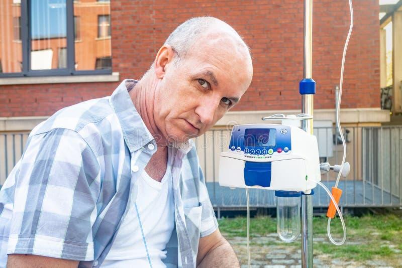 Ασθενής που υποβάλλεται στη θλίψη θεραπείας chemo μόνο στοκ εικόνες με δικαίωμα ελεύθερης χρήσης