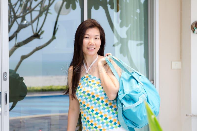 ασιατικές χαμογελώντας στοκ φωτογραφίες με δικαίωμα ελεύθερης χρήσης