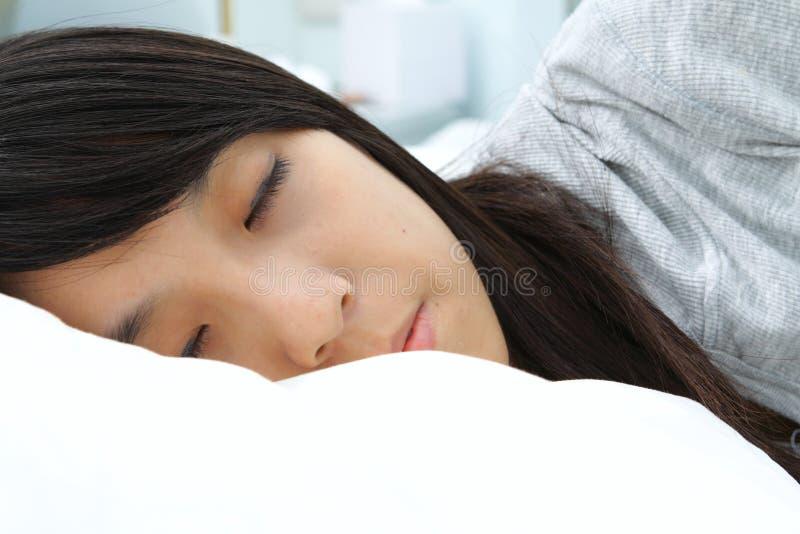 ασιατική γυναίκα ύπνου στοκ φωτογραφία