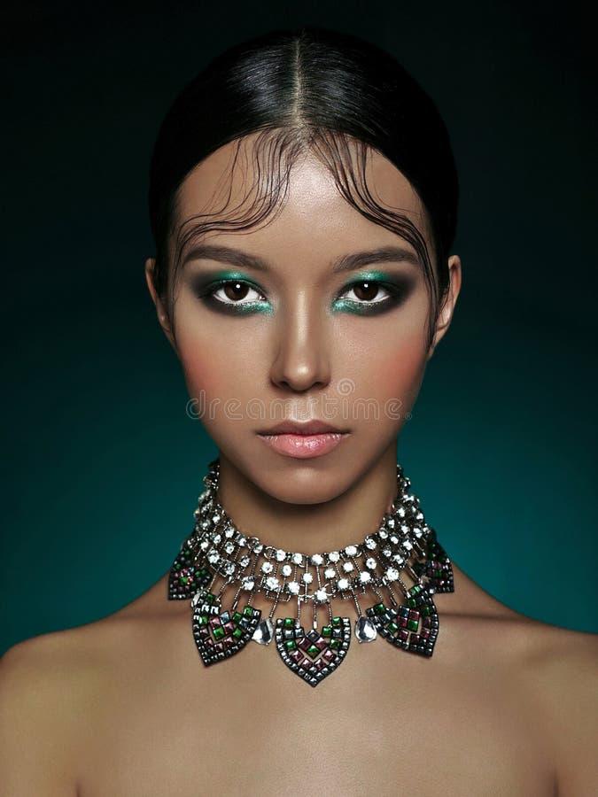 ασιατική όμορφη γυναίκα στοκ φωτογραφίες με δικαίωμα ελεύθερης χρήσης