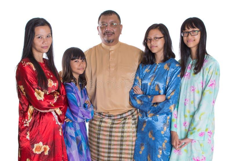 Ασιατικοί της Μαλαισίας γονείς με τις κόρες IV στοκ εικόνες