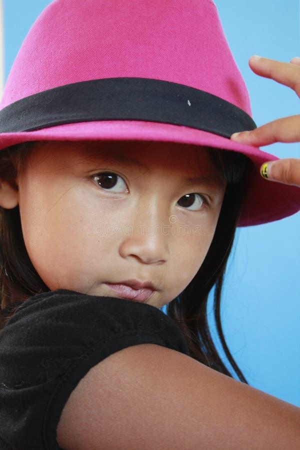 ασιατικό καπέλο κοριτσιώ στοκ εικόνες