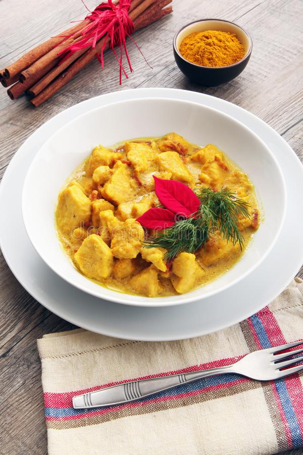 Ασιατικό πιάτο κοτόπουλου κάρρυ στοκ εικόνα με δικαίωμα ελεύθερης χρήσης
