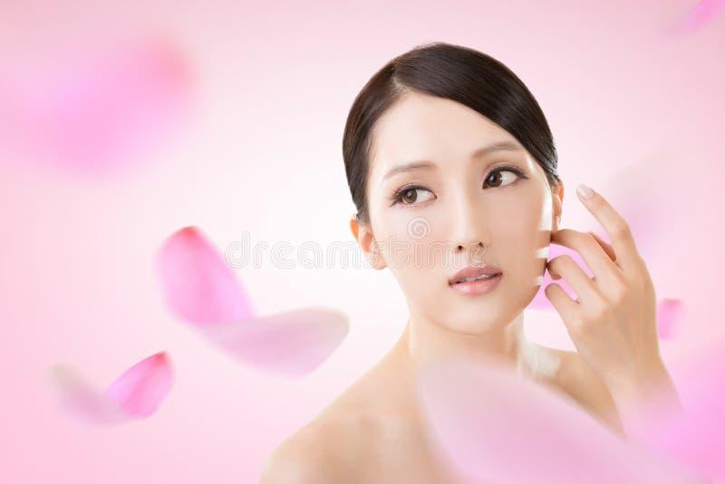 Ασιατικό πρόσωπο ομορφιάς στοκ εικόνες