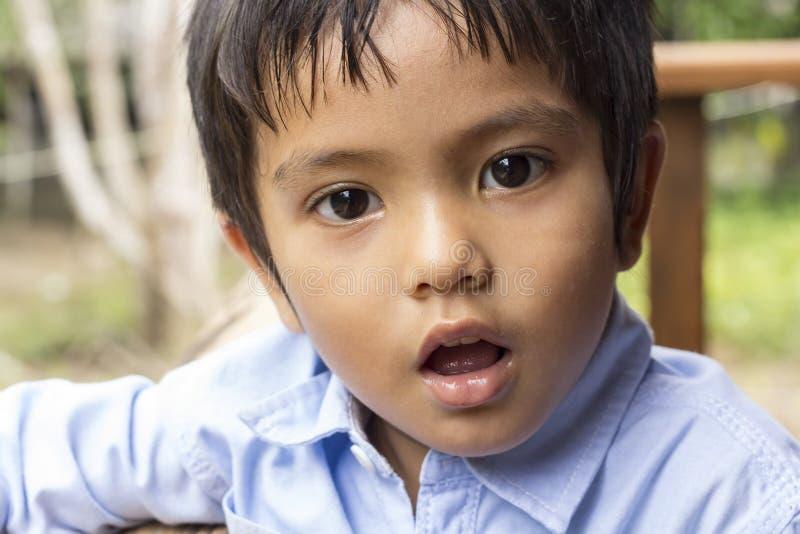 Ασιατικό ταϊλανδικό μικρό παιδί στοκ εικόνα