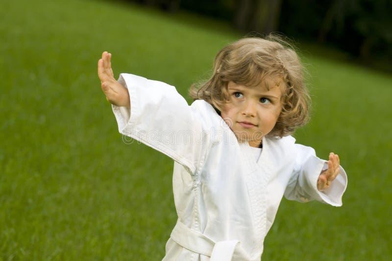 ασκώντας το κορίτσι κήπων &ep στοκ εικόνες με δικαίωμα ελεύθερης χρήσης