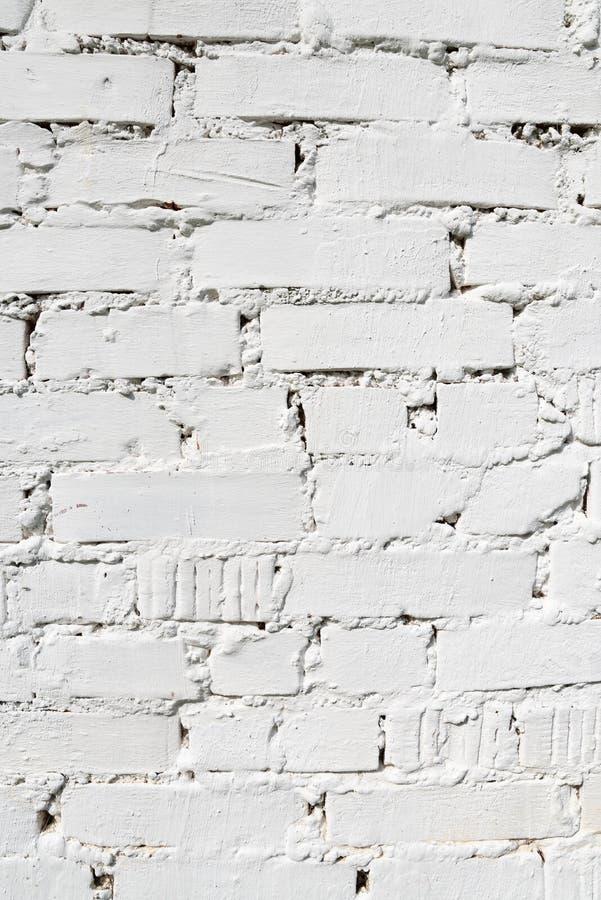 Ασπρισμένος τουβλότοιχος, άσπρο υπόβαθρο σχεδίου χρώματος κάθετο στοκ φωτογραφία με δικαίωμα ελεύθερης χρήσης