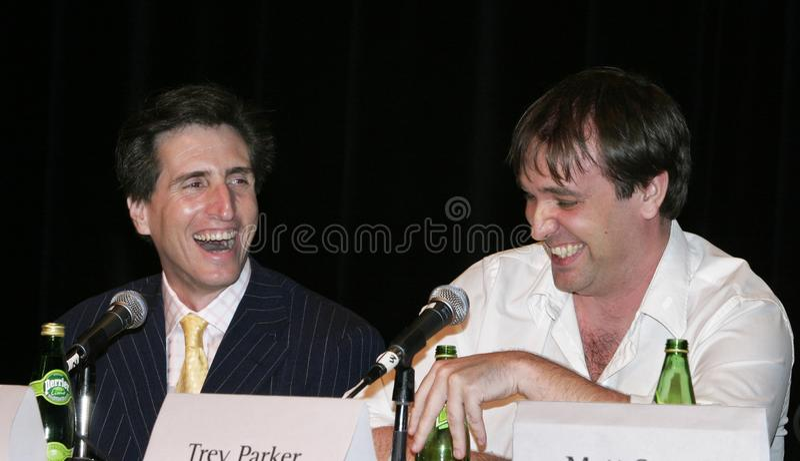 Αστεία άτομα που γελούν: Paul Rudnick και Trey Parker στοκ φωτογραφία