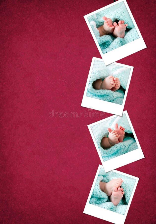 αστεία ευτυχή polaroids ποδιών μω& στοκ φωτογραφίες