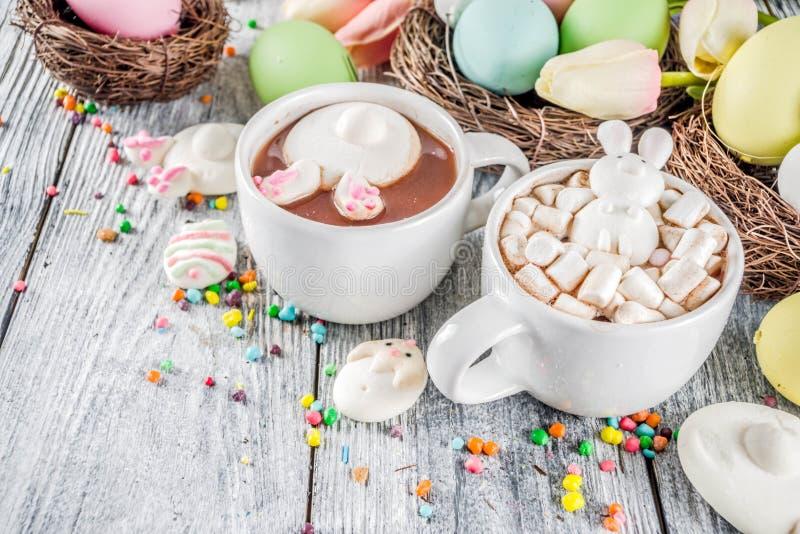 Αστεία καυτή σοκολάτα Πάσχας στοκ φωτογραφίες