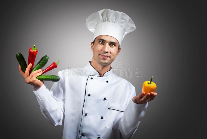 Αστείος αρχιμάγειρας με τα λαχανικά στοκ φωτογραφίες με δικαίωμα ελεύθερης χρήσης