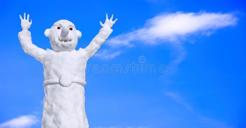 Download αστείος χιονάνθρωπος στοκ εικόνα. εικόνα από εποχή, ηλιόλουστος - 13186577