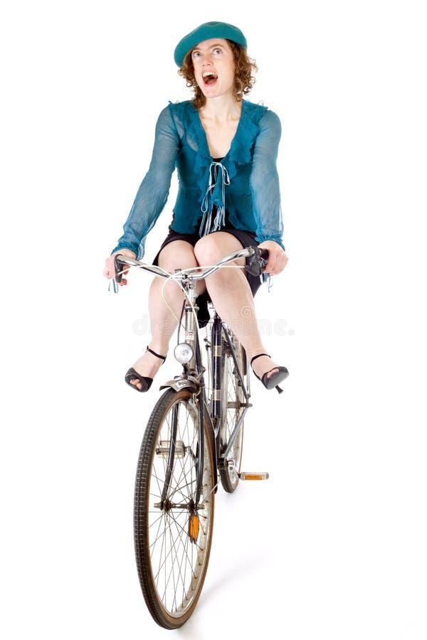 αστείο κορίτσι ποδηλάτων στοκ φωτογραφία