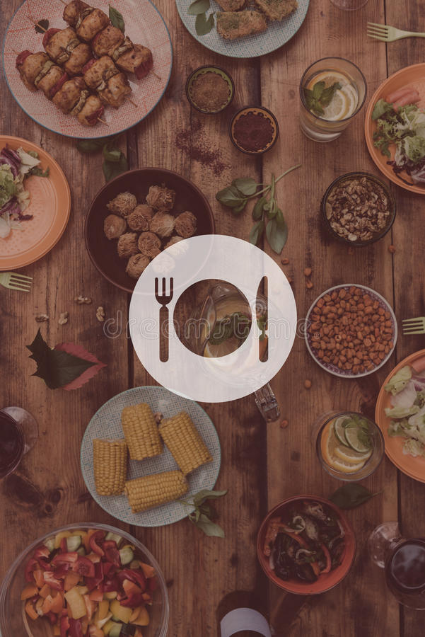 αστείο μεσημεριανό γεύμα της Γουινέας ανασκόπησης πέρα από το χρονικό λευκό πορτρέτου χοίρων στοκ φωτογραφία