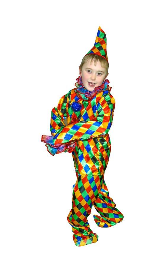 Αστείο χαριτωμένο χορεύοντας αγόρι εξάχρονων παιδιών στο κοστούμι κλόουν Χωρίς περούκα und makeup , στο άσπρο υπόβαθρο στοκ εικόνες