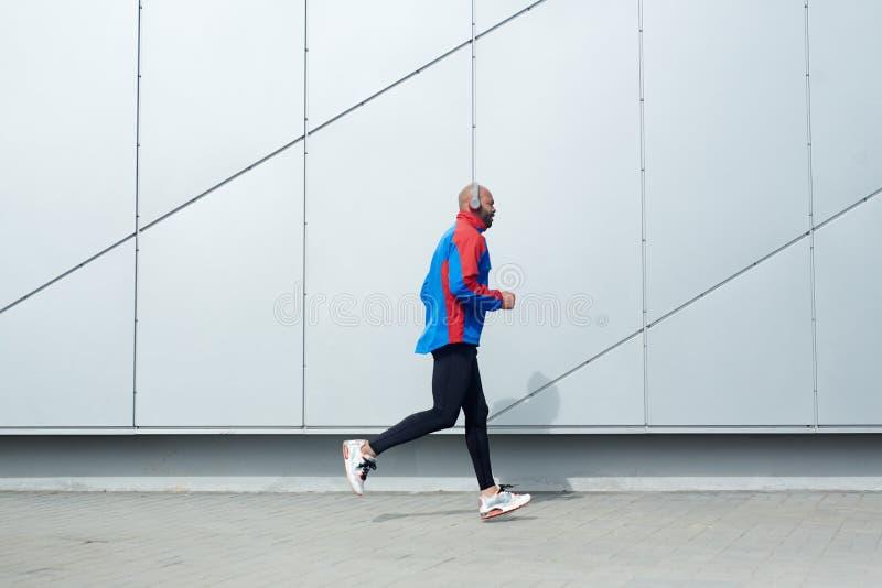 Αστικό sprinter στοκ φωτογραφία με δικαίωμα ελεύθερης χρήσης