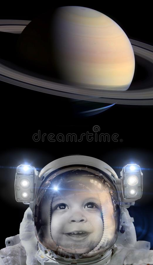 Αστροναύτης και ο πλανήτης Κρόνος παιδιών στοκ εικόνες