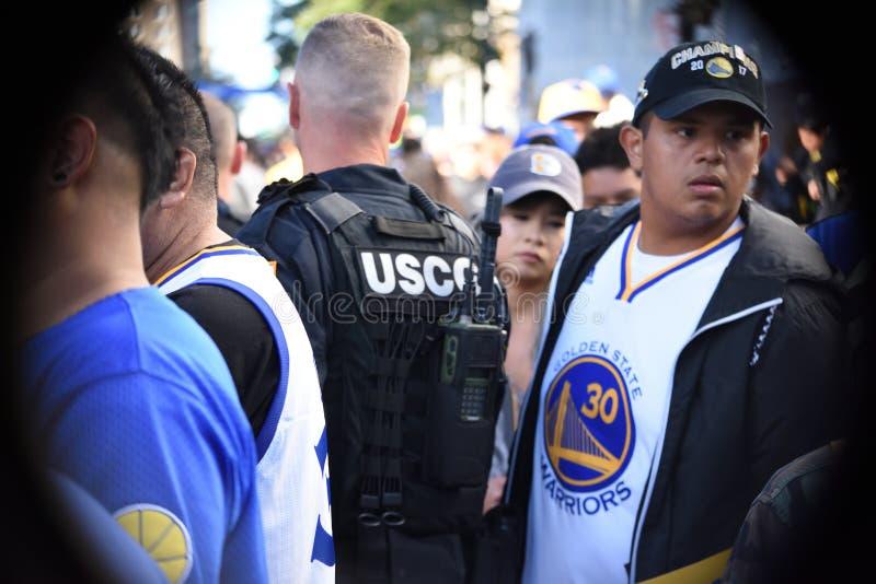 Αστυνομία στην παρέλαση πολεμιστών Χρυσής Πολιτείας στοκ εικόνες