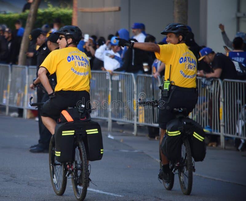 Αστυνομία στην παρέλαση πολεμιστών Χρυσής Πολιτείας στοκ φωτογραφία