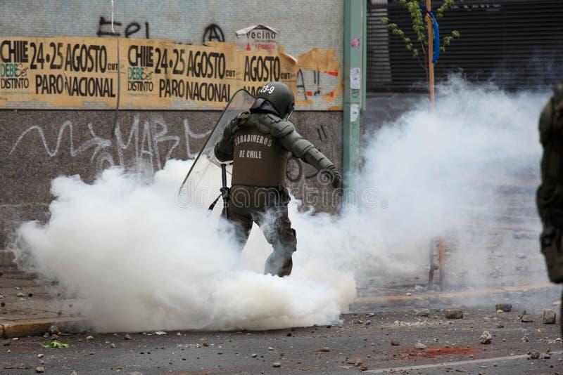 Αστυνομία ταραχής στη Χιλή στοκ φωτογραφίες