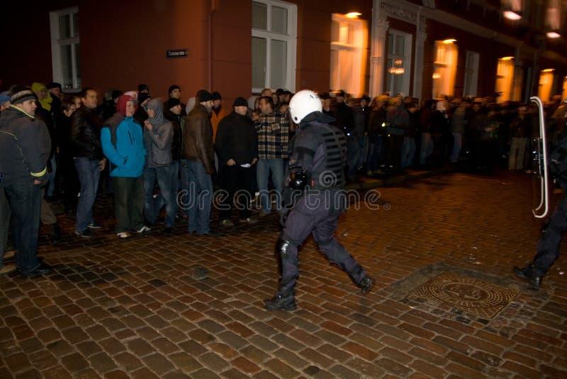 αστυνομεύστε τις ταραχές στοκ φωτογραφία