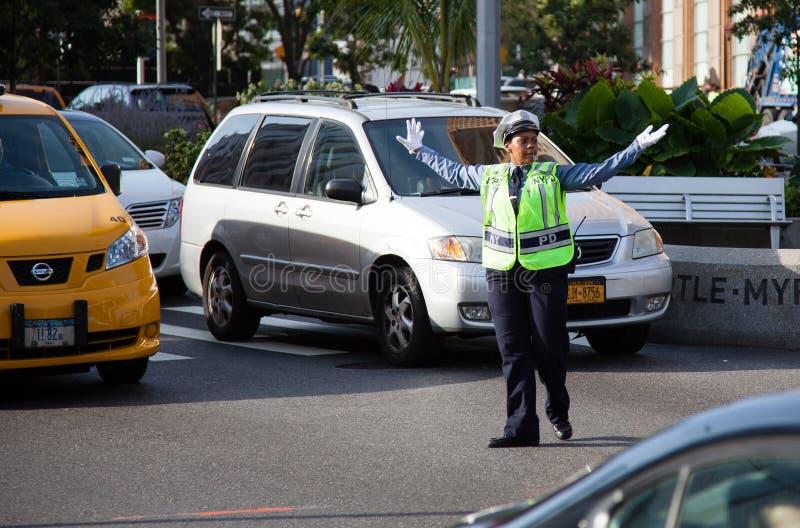 Αστυνομικίνα κυκλοφορίας στην πόλη της Νέας Υόρκης στοκ εικόνες