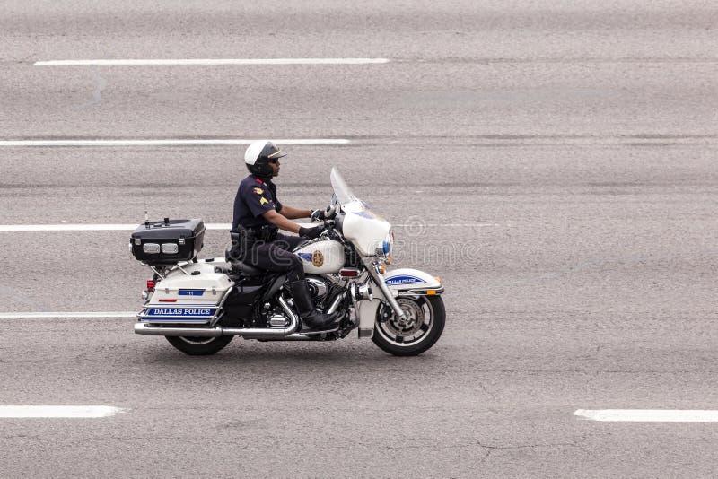 Αστυνομικός στη μοτοσικλέτα στοκ φωτογραφία