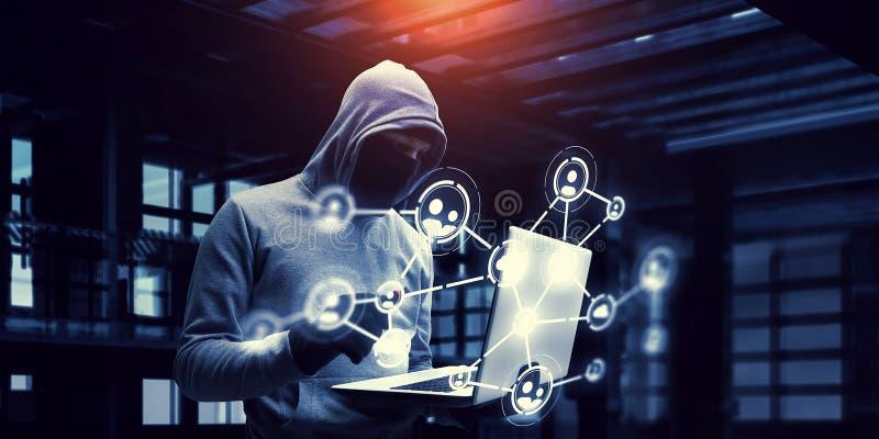 Ασφάλεια δικτύων και έγκλημα μυστικότητας Μικτά μέσα στοκ φωτογραφίες