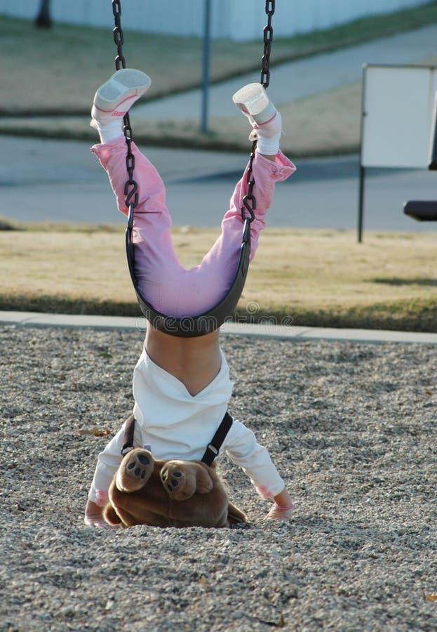 ασφάλεια παιδικών χαρών στοκ φωτογραφία με δικαίωμα ελεύθερης χρήσης