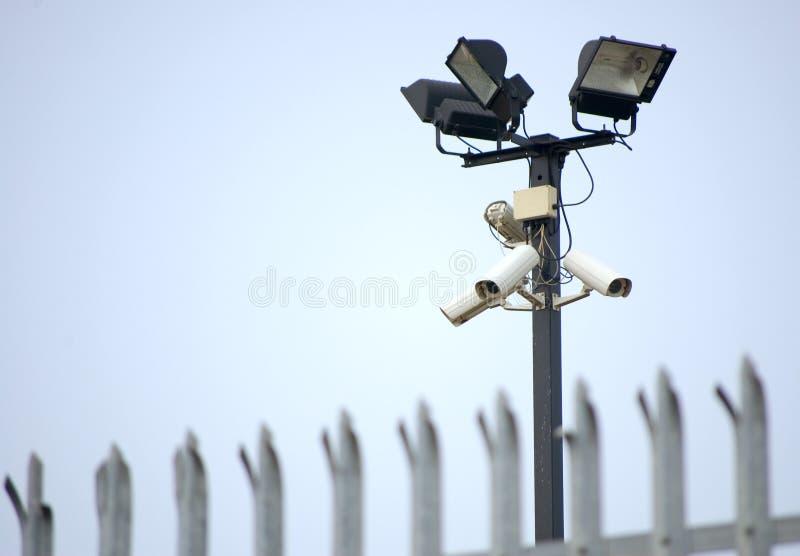 ασφάλεια φραγών CCTV φωτογραφικών μηχανών στοκ εικόνες
