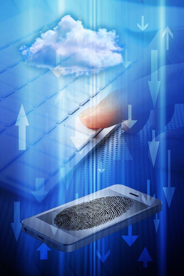 Ασφάλεια σύννεφων τηλεφωνικών υπολογιστών κυττάρων στοκ εικόνες με δικαίωμα ελεύθερης χρήσης